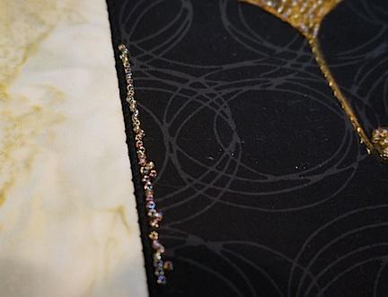 Black:gold gingko detail 1